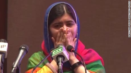 Malala Yousafzai returns to his hometown in Pakistan