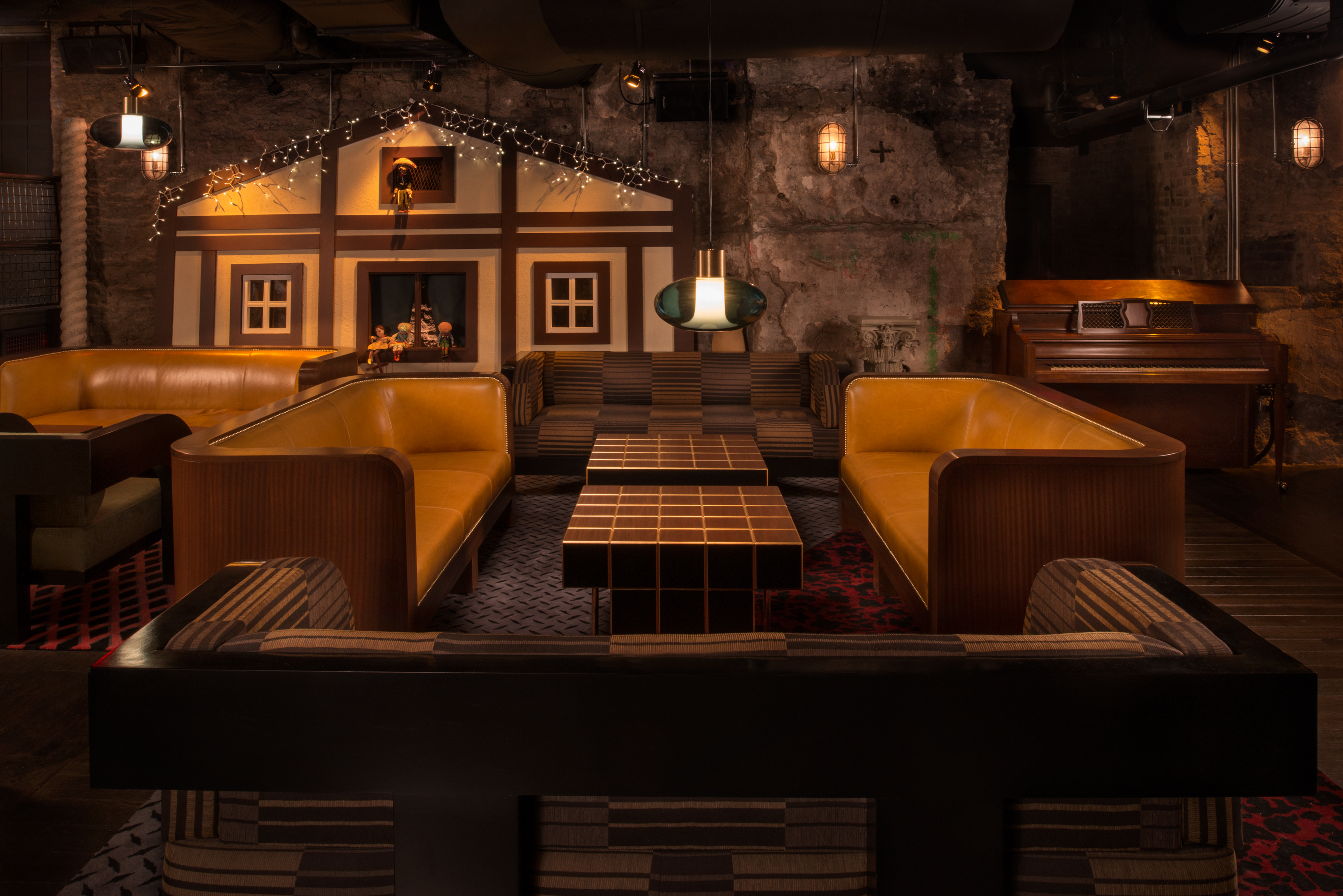 2317a4e21b3 The Alley Cat Amateur Theatre  NYC S coolest new bar