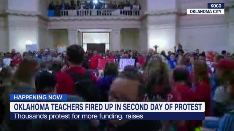 exp OK Teachers Fired Up in 2nd Day of Protest_00002001