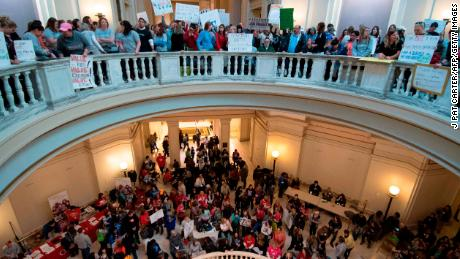 Oklahoma bill would permanently revoke teachers' certification if they walk out