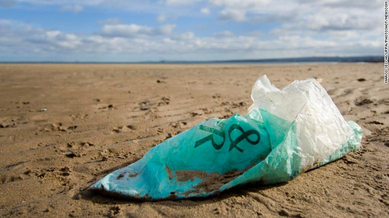 UK introduces plan to minimize plastic waste