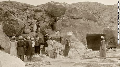 The 1915 excavation of Djehutynakht's tomb