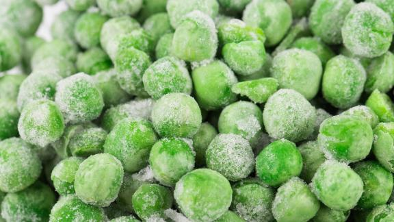 Frozen sweet peas ranked sixth on this year's clean produce list due to the fact that none of the tested samples contained more than two pesticides. Overall, about eight out of every 10 frozen sweet pea samples tested negative for pesticides.