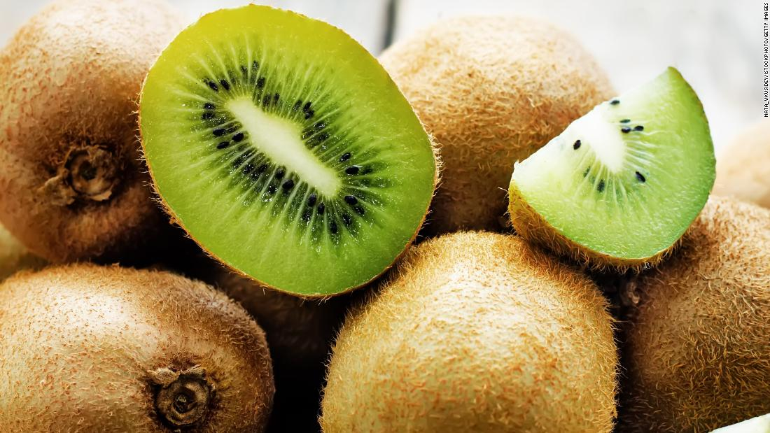 Green kiwis were placed ninth on the list of cleanest vegetables and fruits. Since kiwis and honeydew melons are not tested by the United States Department of Agriculture, the group gathers this data from the FDA.