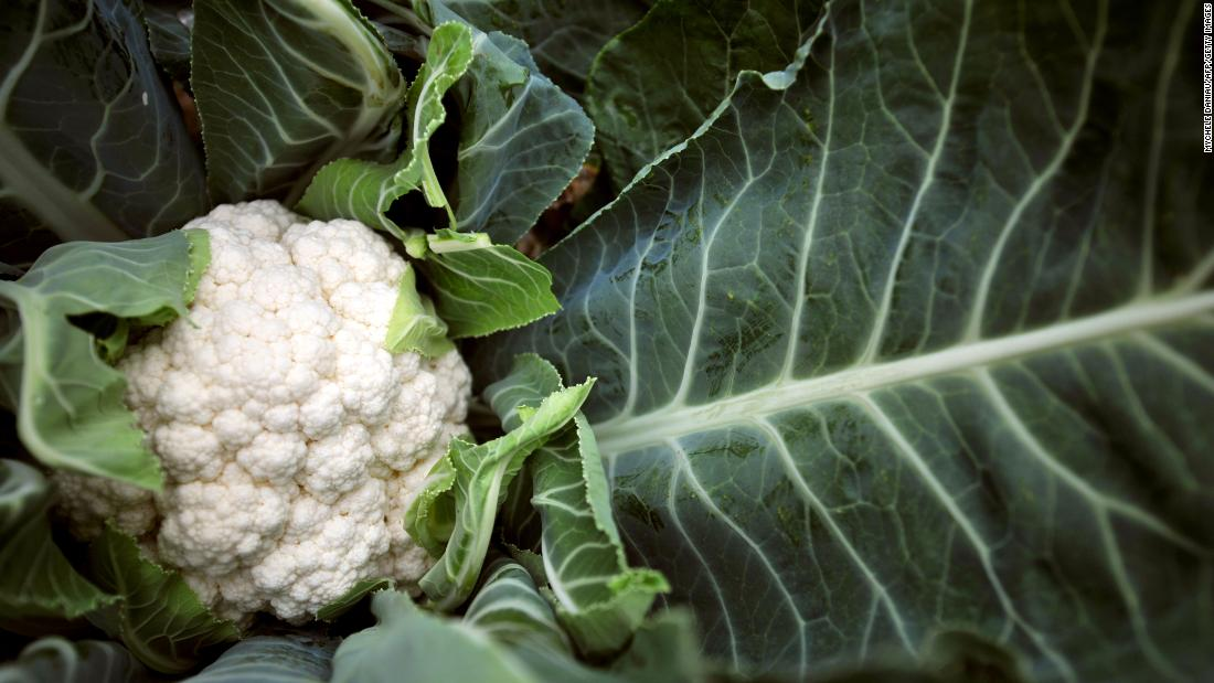 Cauliflower took the 11th place on the Clean 15 list this year.