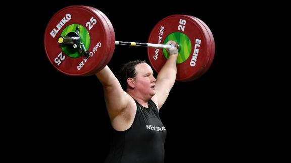 New Zealand's Laurel Hubbard competes in the women's 90kg+ final at the Commonwealth Games.