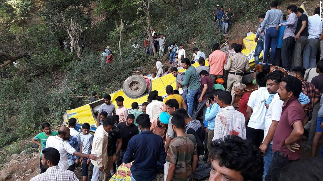 27 killed when school bus goes over cliff