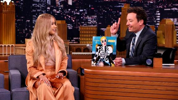 THE TONIGHT SHOW STARRING JIMMY FALLON -- Episode 0846 -- Pictured: (l-r) Co-Host Cardi B with Host Jimmy Fallon on April 9, 2018 -- (Photo by: Andrew Lipovsky/NBC)