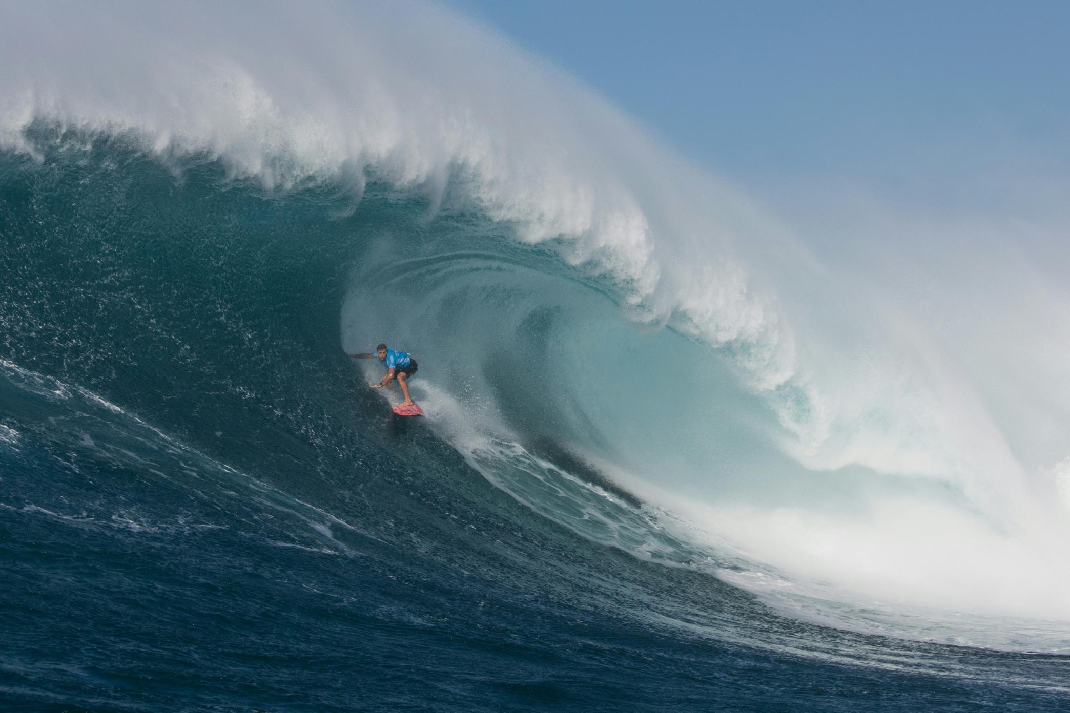 Brazilian Breaks Record For Biggest Wave Surfed Cnn Video