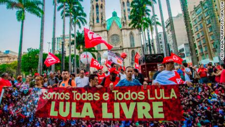 "Brazilian lawmakers call for name change in support of Lula [1<div class=""e3lan e3lan-in-post1""><script async src=""//pagead2.googlesyndication.com/pagead/js/adsbygoogle.js""></script>