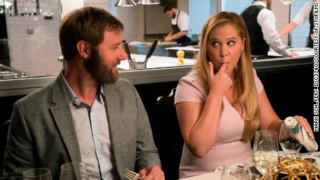 Rory Scovel and Amy Schumer in 'I Feel Pretty'