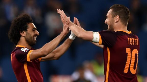 Mohamed Salah (L) spoke glowingly of former teammate Totti.