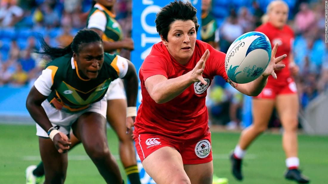 Women's rugby is making its Commonwealth Games debut in Australia and Canada, ranked third in the world, laid down an early marker with a dominant display.