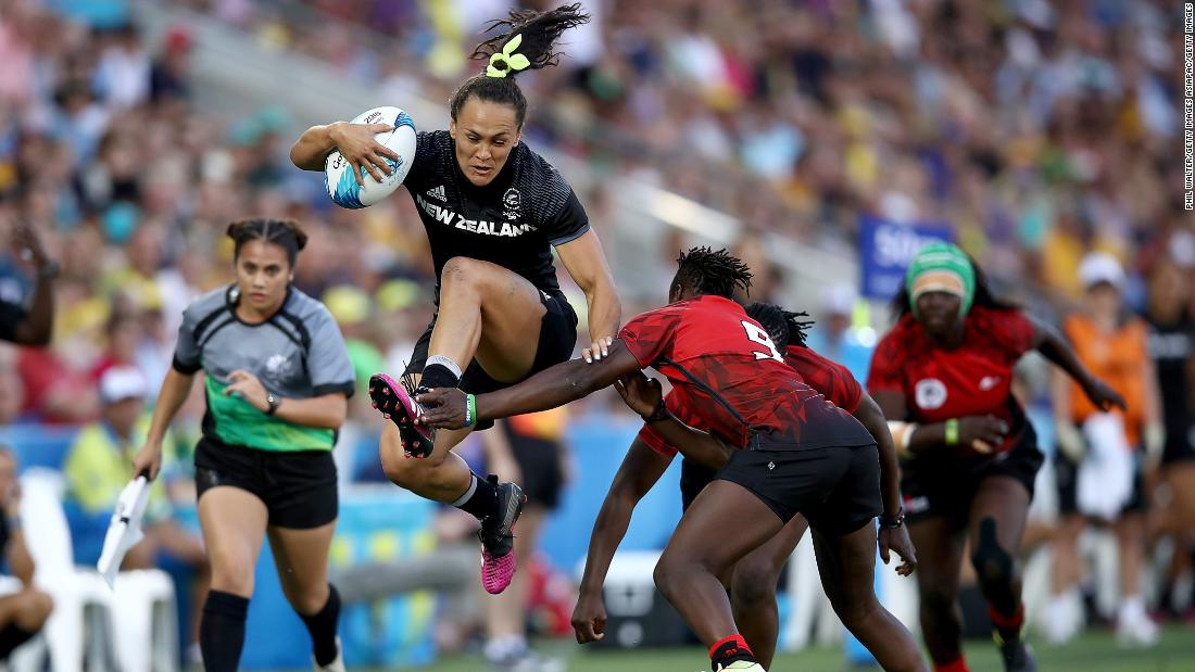 Defending world champions New Zealand put down their marker as the team to beat with a 45-0 win over Kenya in Friday's second match.