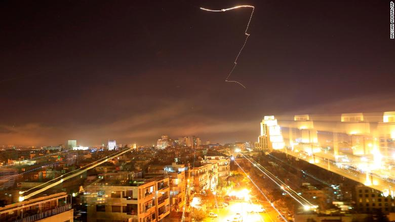See missiles fly through Damascus sky