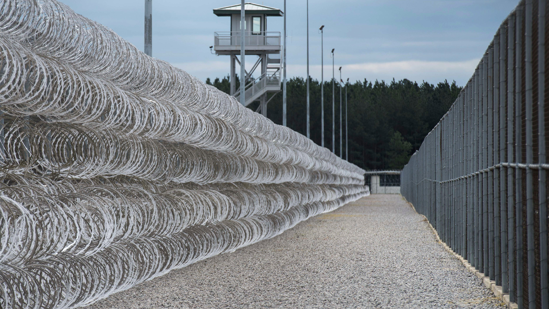 7 inmates killed in South Carolina prison - CNN Video