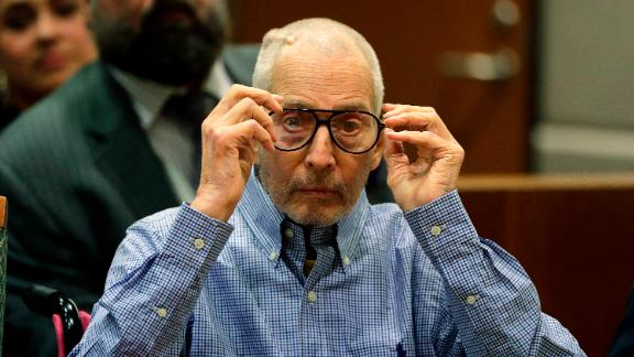 LOS ANGELES-CA-DECEMBER 21: Real estate heir Robert Durst appears in the Airport Branch of the Los Angeles County Superior Court for a preliminary hearing on December 21, 2016 in Los Angeles, California. Durst is charged with capital murder in a friend's killing Susan Berman in 2000. (Photo by Jae C. Hong-pool\Getty Images)