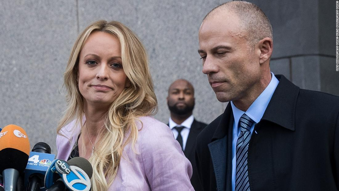 image of Judge puts Stormy Daniels' lawsuit on hold