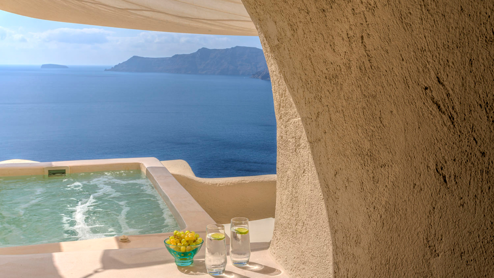 10 hotel bathtubs with jaw-dropping views | CNN Travel