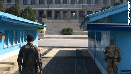 North, South Korean leaders to meet in DMZ - CNN Video on