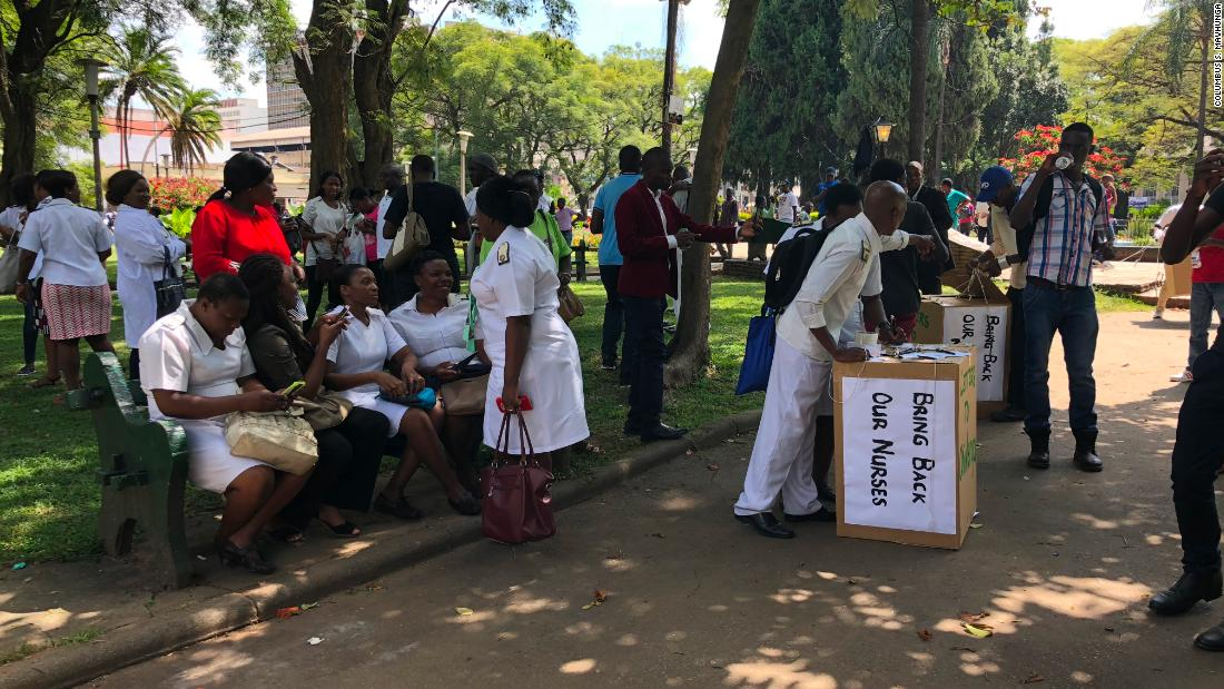 Fired Zimbabwe nurses offer free health care to public in protest