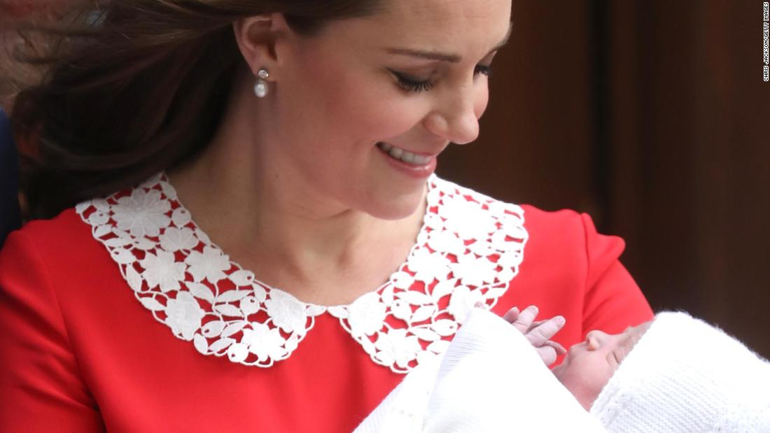 It's a boy! Photos of the royal baby