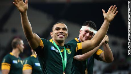 LONDON, ENGLAND - OCTOBER 30:  Bryan Habana of South Africa and team mates salute the crowd after victory in the 2015 Rugby World Cup Bronze Final match between South Africa and Argentina at the Olympic Stadium on October 30, 2015 in London, United Kingdom.  (Photo by Paul Gilham/Getty Images)