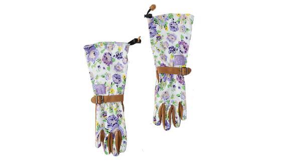 Womanswork Floral Twill Garden Gloves ($38; anthropologie.com)