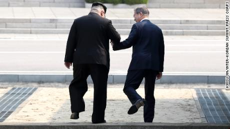 There were cheers and applause in Seoul as North Korean leader Kim Jong Un invited South Korean President Moon Jae-in to step into North Korea with him.