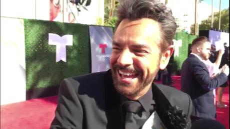 con que suena eugenio derbez sot latin billboards merino huston zona pop_00000000