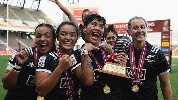 New Zealand's Black Ferns backed up Commonwealth gold with silverware in Japan after a 24-12 victory over France in final.