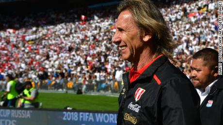 Peru's coach Ricardo Gareca walks onto the field during the World Cup football qualifying match between New Zealand and Peru at Westpac Stadium in Wellington on November 11, 2017.  / AFP PHOTO / Marty MELVILLE        (Photo credit should read MARTY MELVILLE/AFP/Getty Images)