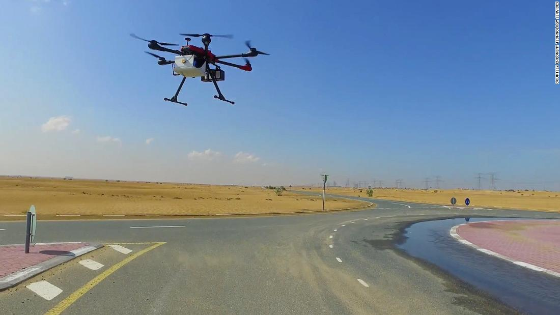 In Dubai, Exponent Technology Services trialed food delivery by drone, flying out 900 burgers in just one day. <strong><em><br /></strong></em>