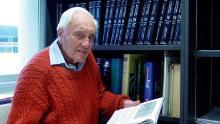 Un scientifique australien de 104 ans s'envole pour la Suisse pour mettre fin à ses jours