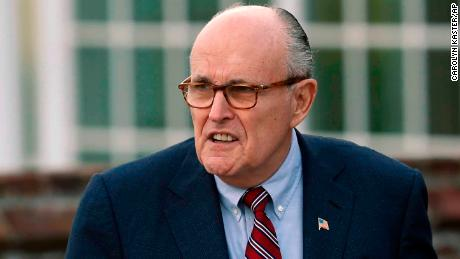 Cillizza: Heeeeere's Rudy! The Giuliani bomb has hit the White House