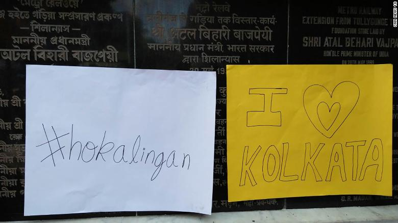 Kolkata Protesters Offer Free Hugs After A Mob Reportedly Beat A