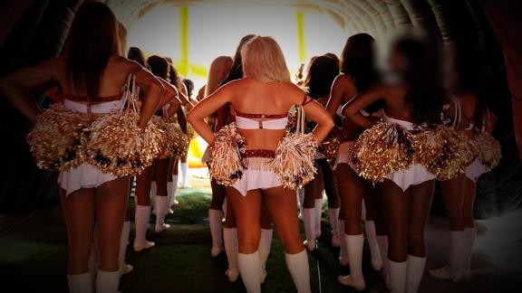 Redskins cheerleaders