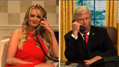 snl stormy daniels cameo michael cohen phone call orig cws_00005726