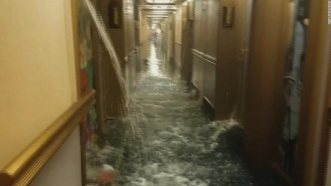 Carnival cruise ship floods in
