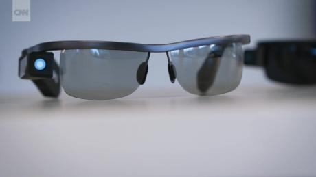 Smart Glasses Led the Blind_00001728.jpg
