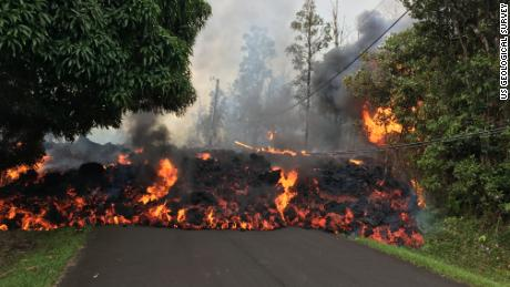 Hawaii's tourism industry gets walloped by volcano
