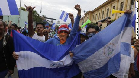 Demostrators protest against the government of President Daniel Ortega in Monimbo, Masaya, about 35km from Managua on May 6, 2018. (Photo by INTI OCON / AFP)        (Photo credit should read INTI OCON/AFP/Getty Images)