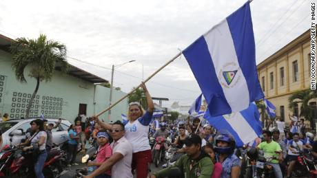 Demostrators protests against the government of of Nicaraguan President Daniel Ortega in Monimbo, Masaya, about 35km from Managua on May 6, 2018. (Photo by INTI OCON / AFP)        (Photo credit should read INTI OCON/AFP/Getty Images)