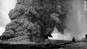 Explosive eruptions added to list of fears for Hawaii
