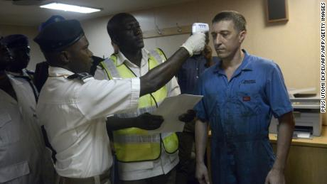 Ebola: Nigeria begins screening of travelers from high-risk countries