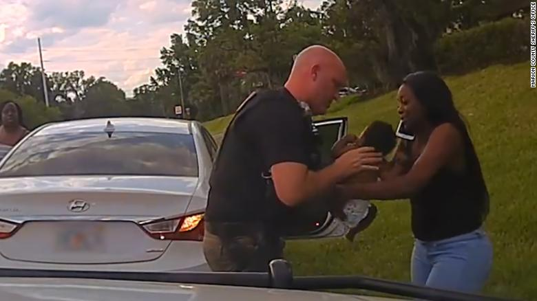 Watch Florida deputy save a baby's life