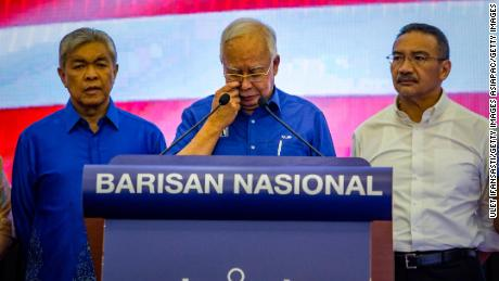 KUALA LUMPUR, MALAYSIA - MAY 10: Najib Razak, outgoing Prime Minister of Barisan Nasional party speaka during press conference following the 14th general election on May 10, 2018 in Kuala Lumpur, Malaysia. Malaysia's opposition leader Mahathir Mohamad claimed victory over Prime Minister Najib Razak's ruling coalition Barisan National and set to become the world's oldest elected leader after Wednesday's general election where millions of Malaysians headed to the polls. The election has been one of the most fiercely contested races in Malaysia's history,  which resulted in a shocking victory as 92-year-old Mahathir made a comeback from retirement to take on his former protege Najib, who has been embroiled in a massive corruption scandal. (Photo by Ulet Ifansasti/Getty Images)