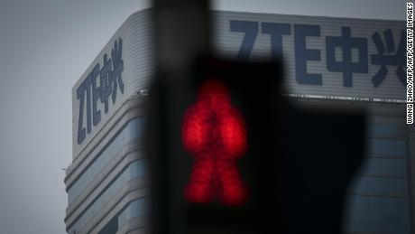 The ZTE logo is seen on a building in Beijing on May 14, 2018. - US President Donald Trump said on May 13, 2018 he was working with his Chinese counterpart Xi Jinping to prevent telecom giant ZTE from going out of business after it was hit by an American technology sales ban. (Photo by WANG ZHAO / AFP)        (Photo credit should read WANG ZHAO/AFP/Getty Images)