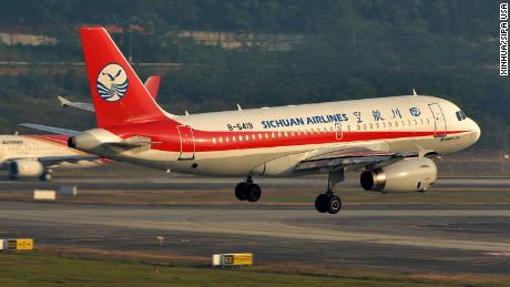 (180514) -- CHENGDU, May 14, 2018 (Xinhua) -- Flight 3U8633, operated by Sichuan Airlines, prepares to conduct emergency landing after a mechanical failure in Chengdu Shuangliu International Airport in Chengdu, capital of southwest China's Sichuan Province, May 14, 2018. Part of the cockpit window broke as the Airbus A319 flew over Chengdu. The plane was en route from southwest China's Chongqing Municipality to Lhasa, capital of Tibet Autonomous Region. It was forced to divert to an alternate airport in Chengdu. All passengers are safe, although the co-pilot sustained injuries to the face and waist, and another crew member was slightly hurt during the emergency landing. After the landing on Monday morning, the airline has arranged another flight to take the passengers to Lhasa. (Xinhua/Wan Bi) (ry) (Photo by Xinhua/Sipa USA)