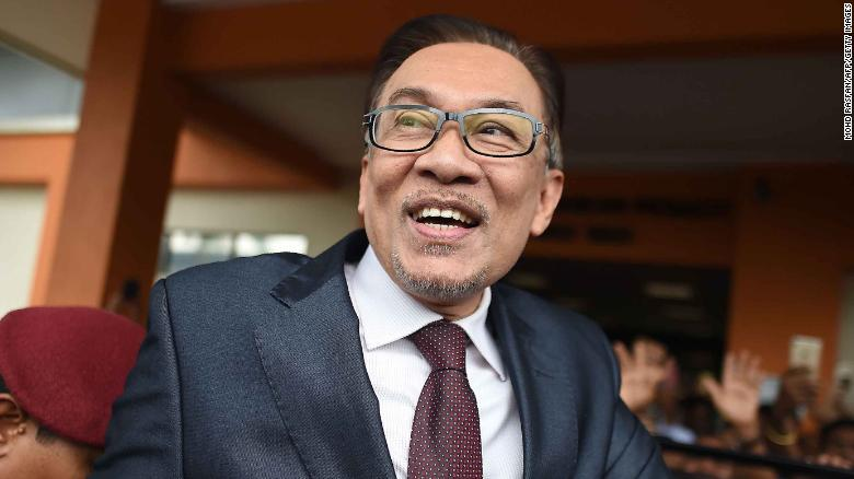 Malaysia's Anwar submits documents to king to show support to form new government
